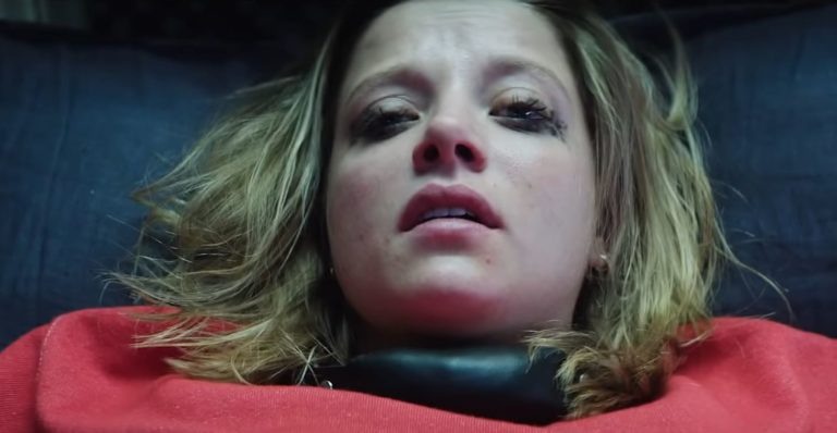 Jella Haase in Kidnapping Stella