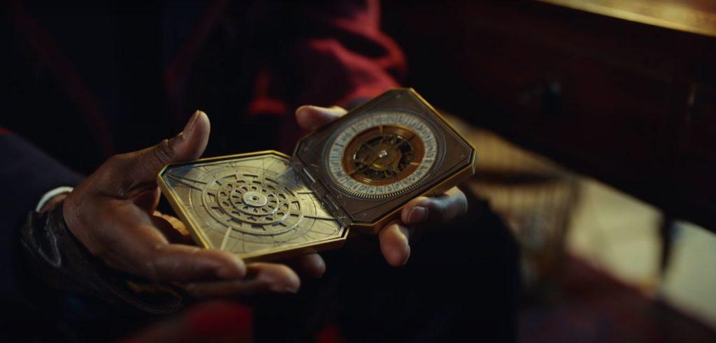 Lyra bekommt den goldenen Kompass in His Dark Materials