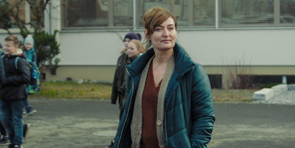 Rachel Braunschweig als Marina in Spagat