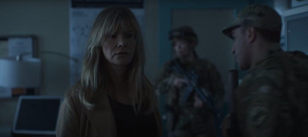 Jennifer Jason Leigh aus Awake